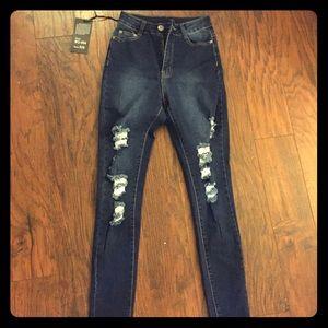 Fashion Nova Dark Denim Jeans Size 5/6 fit like 4